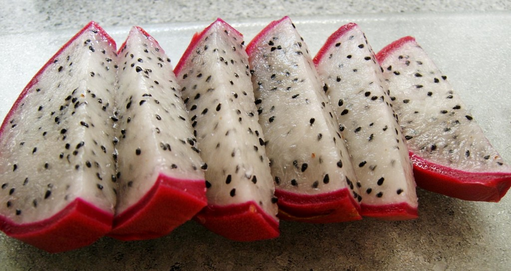 Thai Dragon Fruit Slices