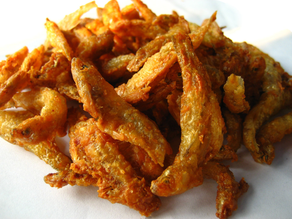thai crispy fried anchovies
